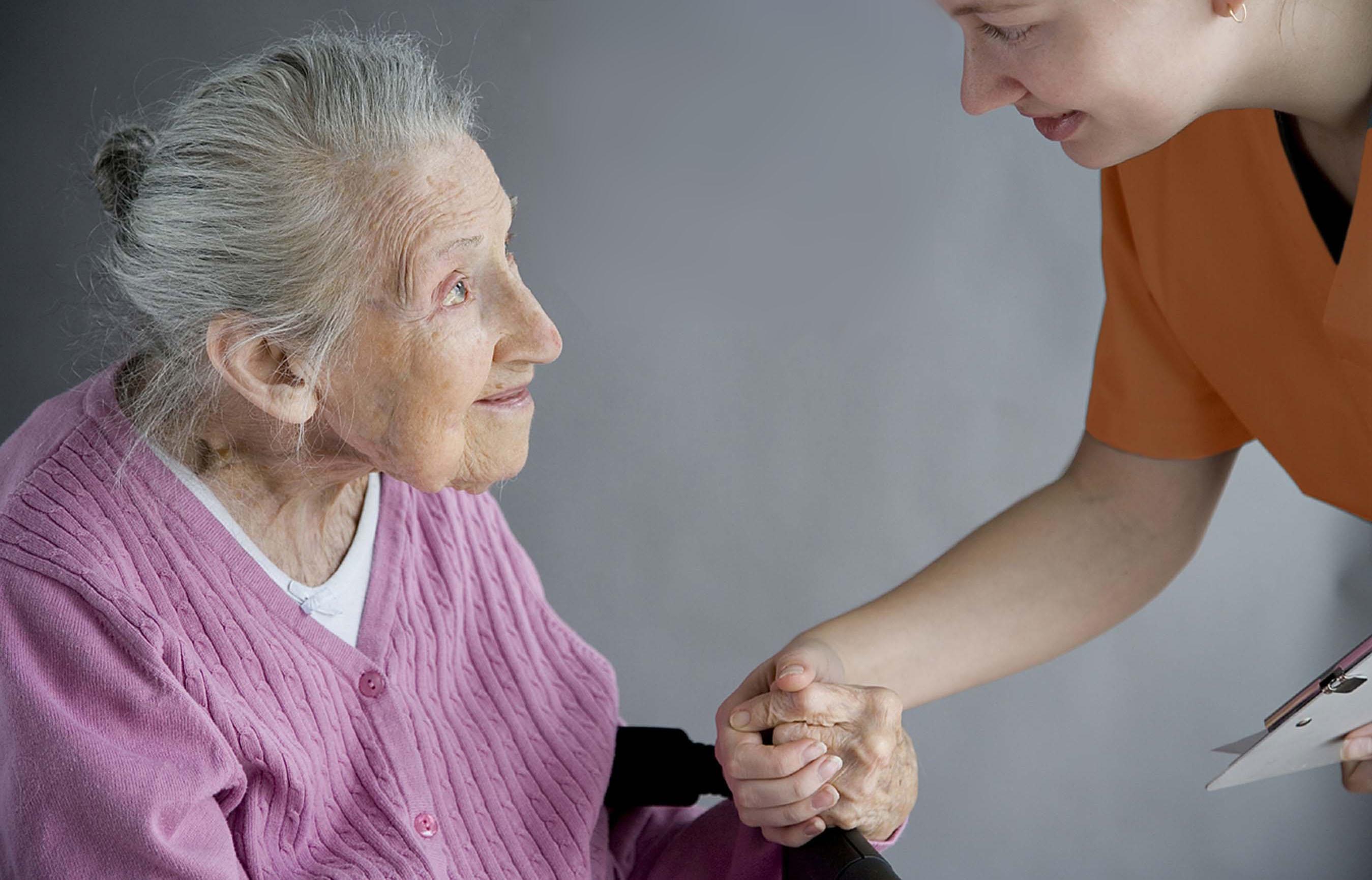 Уход за пожилыми людьми лежачими больными пансионат престарелых в тольятти