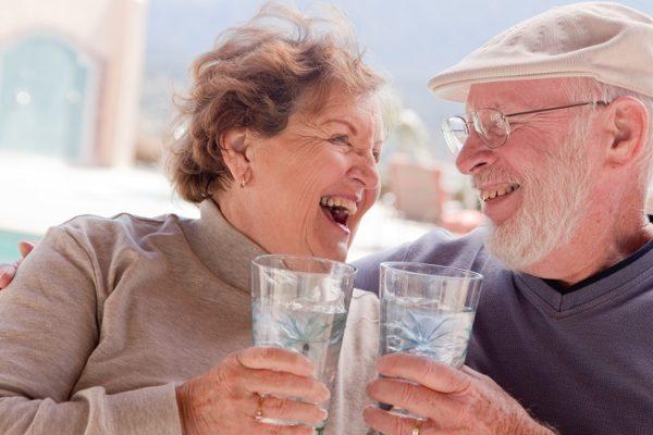 Алкоголь вдвое снижает вероятность развития деменции