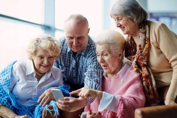 Как понять, достойные ли условия и уход оказывают в пансионате для пожилых людей?